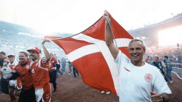Richard Moller-Nielsen, sélectionneur du Danemark lors de la victoire Danoise en finale de l'Euro, le 26 juin 1992. (KIM AGERSTEEN/AP/SIPA / AP)