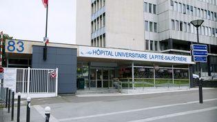 L'entrée de l'hôpital de la Pitié-Salpétrière, à Paris, le 31 juillet 2014. (IMAGE POINT FR / BSIP / AFP)