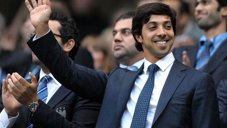 Le hheikh Mansour, notamment propriétaire de Manchester City, dans les tribunes (ANDREW YATES / AFP)