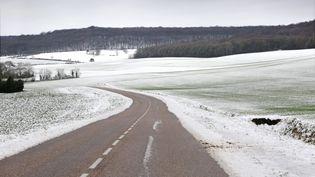 Sur une route de Moselle, le 27 décembre 2014. (MAXPPP)