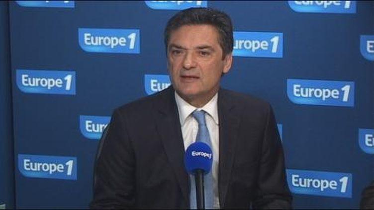 """Pour Patrick Devedjian, un retour à l'équilibre budgétaire dès 2012 """"aurait de l'allure"""" (Europe 1)"""