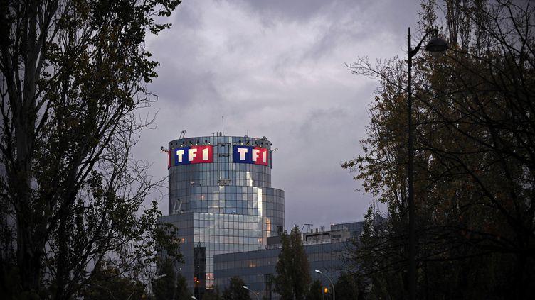 La façade du bâtiment du groupe de télévision TF1. (MAXPPP)