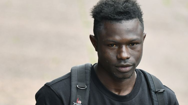 Mamoudou Gassama, le 29 mai 2018, à Paris. (GERARD JULIEN / AFP)