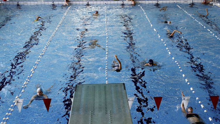 L'opération coup de poing a provoqué l'intervention des maîtres-nageurs, puis celle de la police, sans aucun heurt. (Photo d'illustration). (MAXPPP)