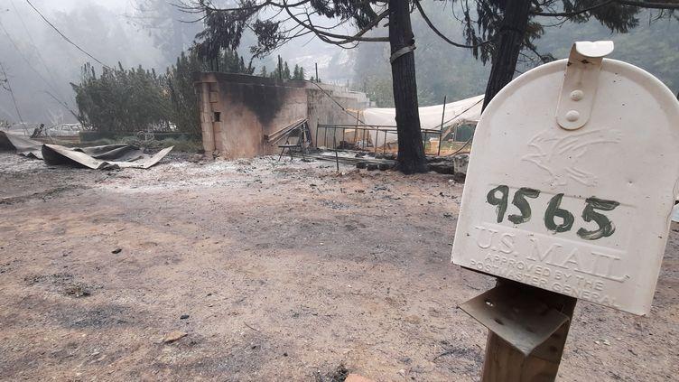 Une maison détruite par l'incendie à Oroville en Californie (Etats-Unis). (BENJAMIN  ILLY / FRANCE-INFO)
