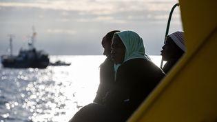Des migrants sur un bateau au large de Malte le 8 janvier 2019. (FEDERICO SCOPPA / AFP)