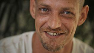 Michaël Blanc, lors d'une interview depuis sa prison à Jakarta (Indonésie), le 19 avril 2011. (ROMEO GACAD / AFP)