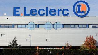 La façade d'un magasin Leclerc de Toulouse. (illustration) (REMY GABALDA / AFP)