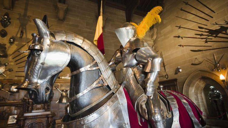 Trois ou quatre individus déguisés en chevaliers ont dérobé 20 000 euros à la fête médiévale de Bitche en Moselledans la nuit du 29 au 31 juillet 2012. ( AFP / PHOTONONSTOP )