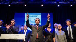 Philippe Richert, tête de liste de l'union de la droite er du centre en Alsace-Champagne-Ardenne-Lorraine, lors d'un meeting àMuntzenheim (Haut-Rhin), le 9 décembre 2015. (SEBASTIEN BOZON / AFP)