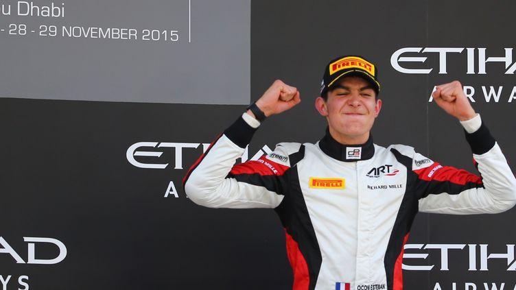 Esteban Ocon, sacré champion de GP3 à Abou Dhabi!  (MARWAN NAAMANI / AFP)