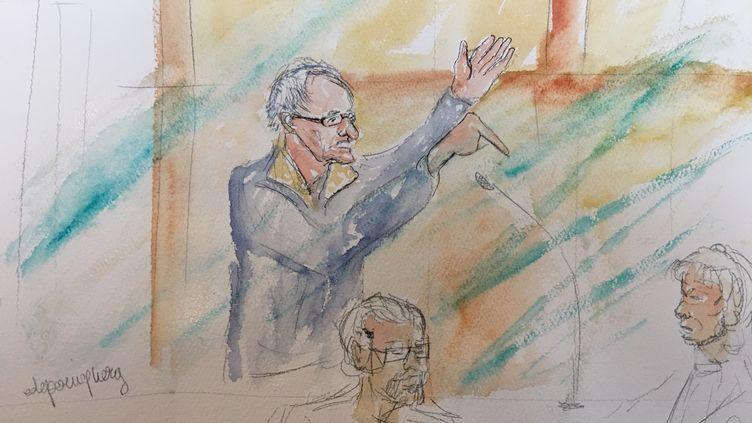 Francis Heaulme dans le box des accusés, devant les assises de Moselle, le 25 avril 2017. (ELISABETH DE POURQUERY / FRANCEINFO)