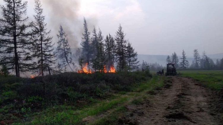 Un incendie dans la République de Sakha (Yakoutie), dans la partie nord-est de la Sibérie, en Russie, le 7 juillet 2020 (MAXPPP)