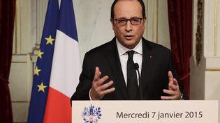 François Hollande s'est adressé aux Français immédiatement après la fusillade de Charlie Hebdo, le 7 janvier 2015. (POOL/PHILIPPE WOJAZER/MAXPPP / MAXPPP)