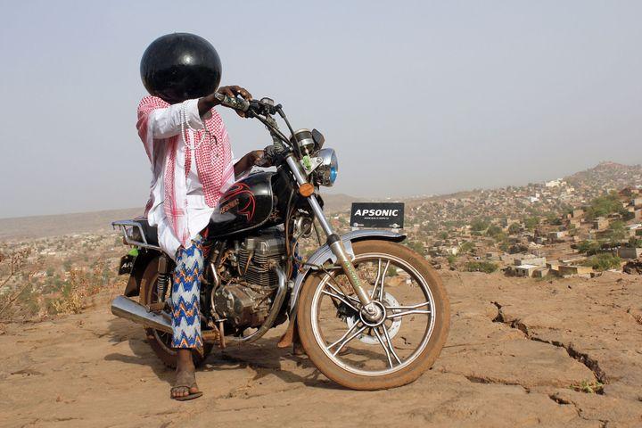"""Aboubacar Traoré, """"Inch'Allah"""", 2015  (Aboubacar Traoré)"""
