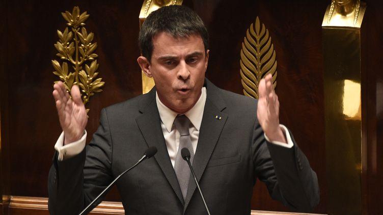 Manuel Valls le 19 février 2015 aux députés (MARTIN BUREAU / AFP)