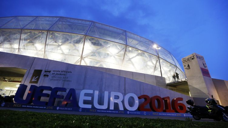 L'Allianz Riviera de Nice, l'un des nouveaux stades construits pour l'Euro 2016. (VALERY HACHE / AFP)
