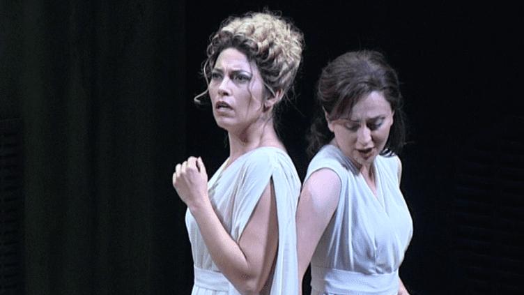 Diane (Vivica Genaux) et Calisto (Elena Tsallagova)  (Capture d'image France3/Culturebox)