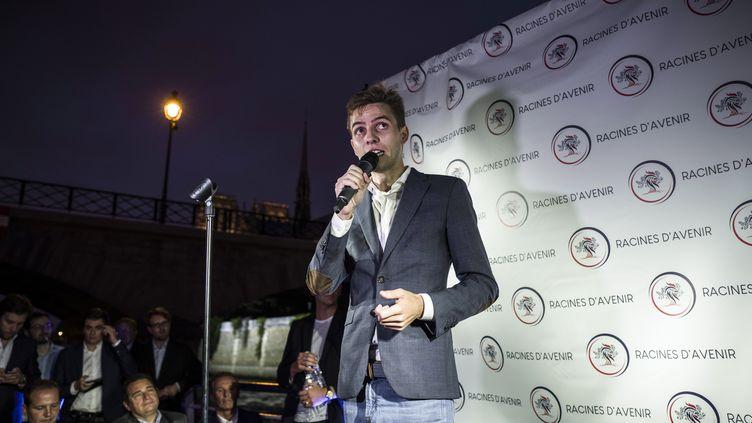 Erik Tegnér lors du lancement de sa campagne pour la présidence des Jeunes Républicains, à Paris, le 5 septembre 2018. (PHILIPPE LOPEZ / AFP)