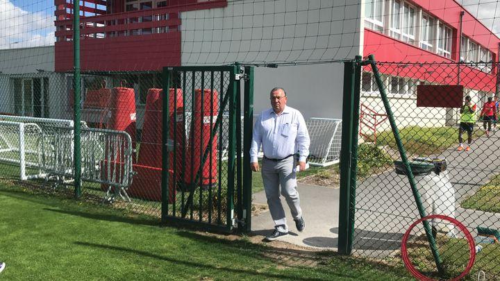 Jean-Pierre Caillot, le président du Stade de Reims, venu assister à l'entraînement.
