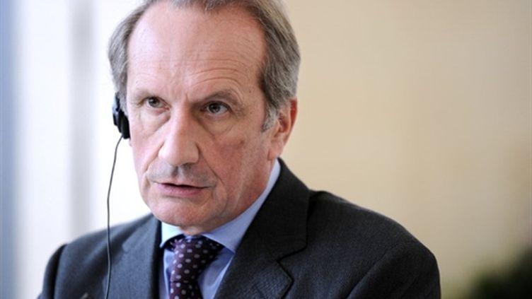 Gérard Longuet, minsitre de la Défense (AFP PHOTO MIGUEL MEDINA)