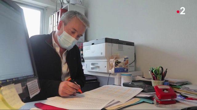 Covid-19 : 30 000 médecins généralistes vont pouvoir vacciner des patients