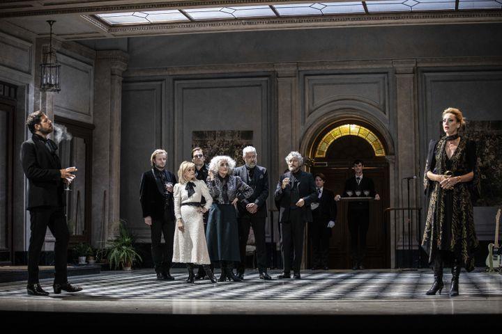 """Laurent Lafitte (Le Duc de Guermantes)) et Elsa Lepoivre (La Duchesse de Guermantes) dans """"Le Côté de Guermantes"""" de Proust (Jean-François Fernandez)"""