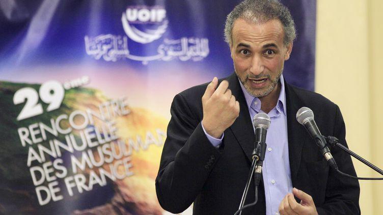 Tariq Ramadan, le 9 avril 2012, au Bourget (Seine-Saint-Denis). (JACQUES DEMARTHON / AFP)