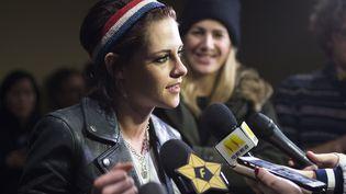 L'actrice américaine Kristen Stewart au festival de Sundance, dans l'Utah, aux Etats-Unis, le 19 janvier 2017. (VALERIE MACON / AFP)