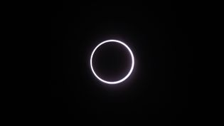L'éclipse annulaire de Soleil le 1er septembre 2016,àSaint-Louis dela Réunion (RICHARD BOUHET / AFP)