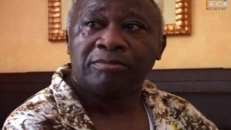 L'ancien président ivoirien Laurent Gbagbo après sa capture à Abidjan, le 11 avril 2011. (TCI / AFP)