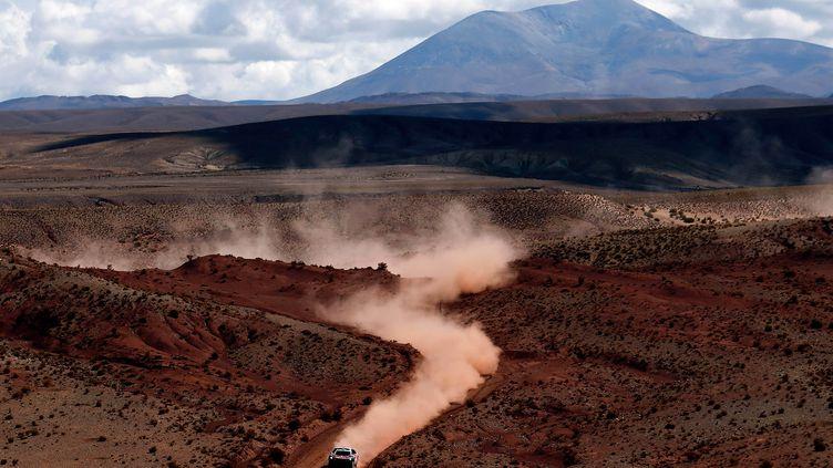 Avec une semaine en Bolivie, ce Dakar 2017 se déroulera dans des conditions d'altitude inhabituelles. (MARCOS BRINDICCI / POOL)