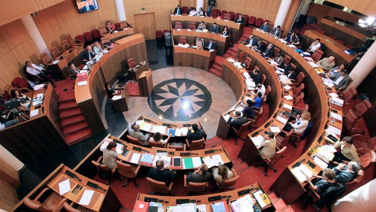 L'Assemblée de Corse, à Ajaccio, le 15 décembre 2011. (PASCAL POCHARD CASABIANCA / AFP)