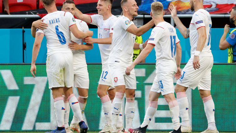 Les Tchèques se sont imposés face au Pays-Bas en huitièmes de finale de l'Euro 2021, dimanche 27 juin 2021. (BERNADETT SZABO / AFP)