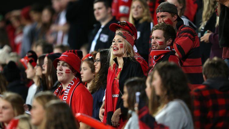 Les supporters des Canterbury Crusaders n'assisteront pas au match face aux Saracens (FIONA GOODALL / AFP)