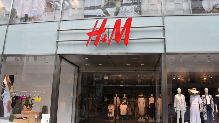 Devanture d'un magasin H&M à Cologne en Allemagne, le 10 mai 2018.  (HORST GALUSCHKA / DPA)