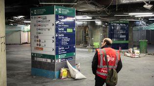 Le chantier de rénovation de la station de métro Châtelet, à Paris, à l'arrêt en raisond'une grève des ouvriers, le 25 janvier 2017. (GEOFFROY VAN DER HASSELT / AFP)