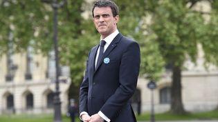 Le Premier ministre, Manuel Valls, lors d'une cérémonie pour les 70 ans de la victoire des Alliés sur l'Allemagne nazie, le 8 mai 2015, à Paris. (LOIC VENANCE / AFP)