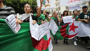 Manifestation d'étudiants à Alger,le 2 juillet 2019. (BILLAL BENSALEM / NURPHOTO)