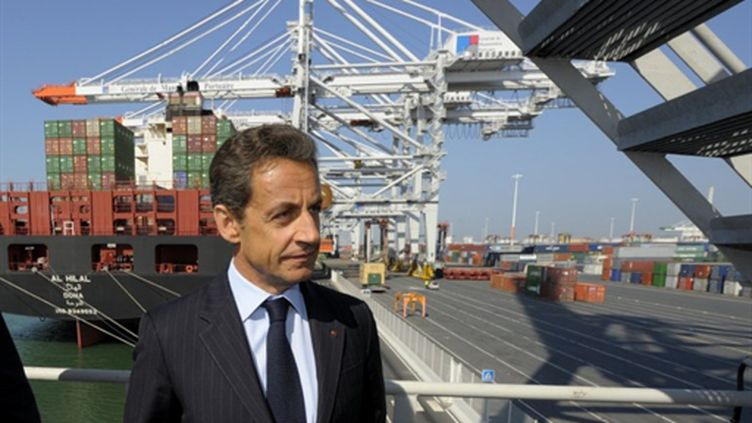 Nicolas Sarkozy visite le port du Havre, le 21 avril 2011. (AFP - Philippe Wojazer)