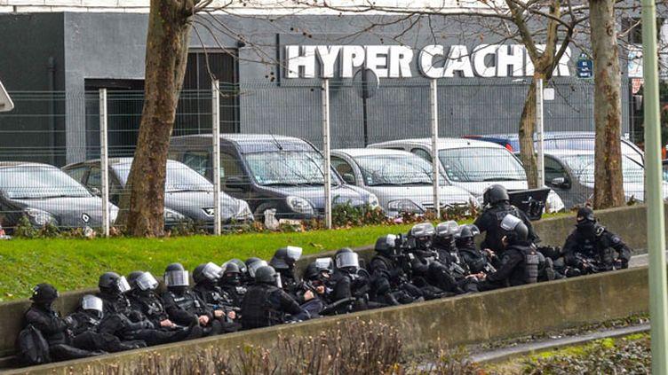 (La prise d'otage de cette supérette casher de Paris a débuté peu avant 14h © Maxppp)