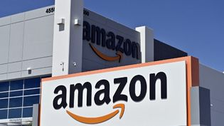 Un centre de distribution de l'entreprise Amazon, le 25 avril 2020, à Las Vegas (Nevada), aux Etats-Unis. (DAVID BECKER / AFP)