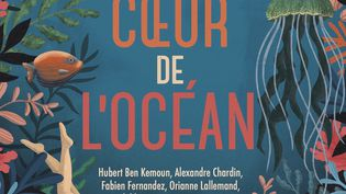 """""""Au coeur de l'océan"""", ouvrage collectif (EDITIONS AUZOU)"""