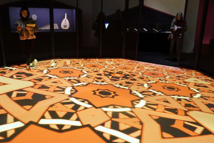 Miguel Chevalier, Arabesques numériques, 2018, œuvre de réalité virtuelle générative et interactive  (Annie Yanbékian / Culturebox)