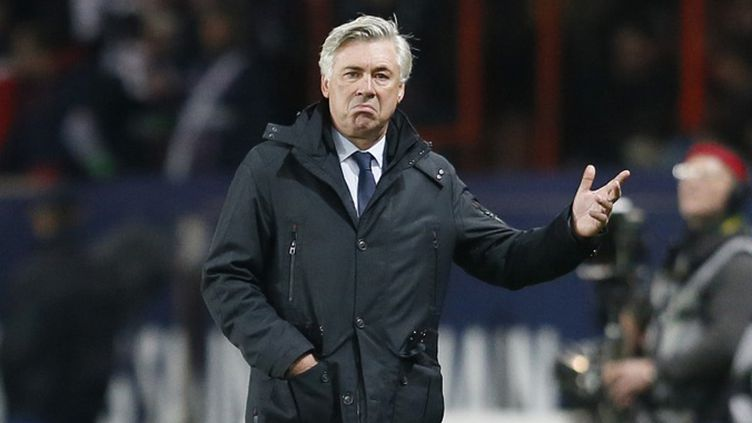 Carlo Ancelotti, entraîneur déçu du PSG (KENZO TRIBOUILLARD / AFP)