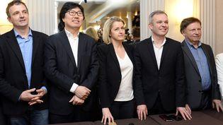 De gaucheà droite : le députéFrançois-Michel Lambert, le sénateurJean-Vincent Placé, la députéeBarbara Pompili et le député François de Rugy, à Paris, le 4 avril 2015. (BERTRAND GUAY / AFP)