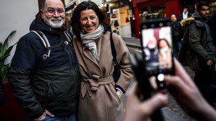 Agnès Buzyn, candidate LREM aux élections municipales à Paris, pose dans le cinquième arrondissement, le 18 février 2020. (CHRISTOPHE ARCHAMBAULT / AFP)