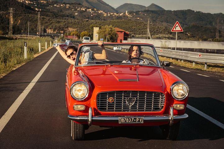 """Micaela Ramazzotti et Valeria Bruni Tedeschi dans """"Folles de joie"""" de Paolo Virzì  (Bac Films)"""