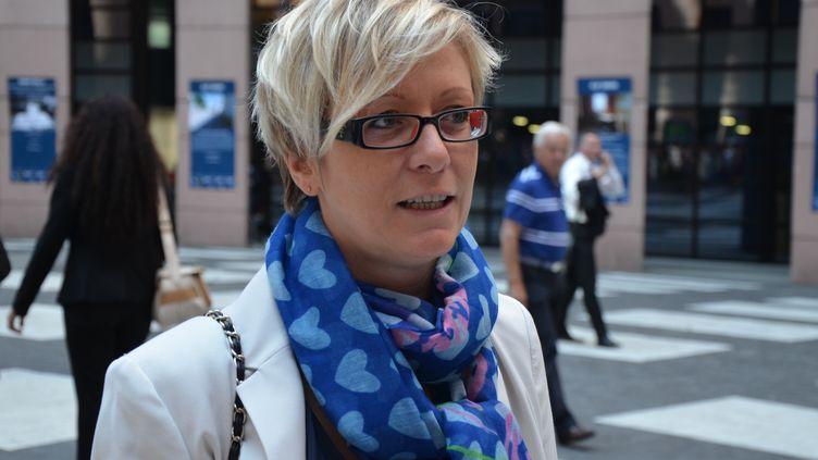 La députée européenne FN Mylène Troszczynski, le 1er juillet 2014, au Parlement européen, à Strasbourg (Bas-Rhin). (YANN THOMPSON / FRANCETV INFO)