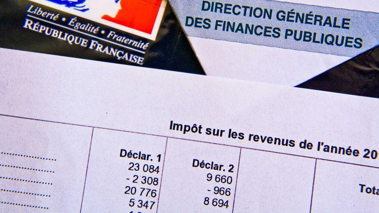 Un avis d'impôt sur le revenu datant de 2013. (GILE MICHEL / SIPA)